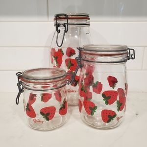 The Cannery Vintage Strawberry SealedGlass Jar Set